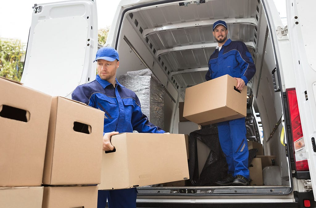 7 Benefits of Using a Professional Mover